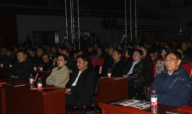 经典民族歌剧《党的女儿》 在怀上演  刘亮、朱玉罡等市领导观看