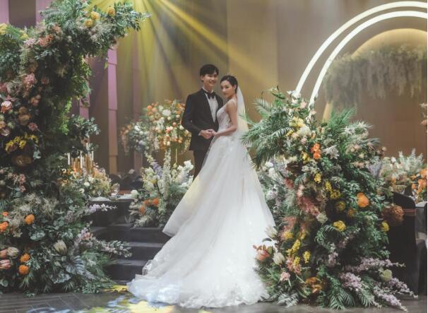 格乐利雅全新珊瑚岛系列《CORAL ISLAND》海岛婚礼圆浪漫幻想