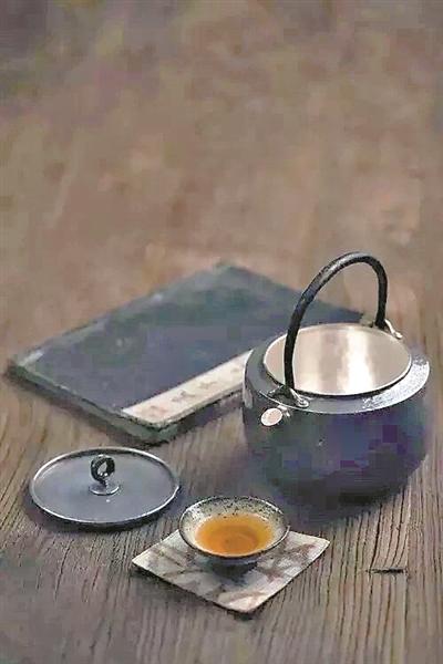 一杯清茶解暑热,但你会健康地喝茶吗?