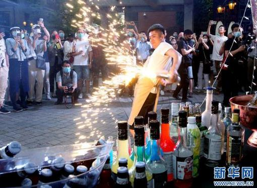上海:特色夜市,拉动消费