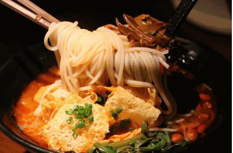 螺蛳粉又又又卖断货,中国人为啥这么爱方便速食?