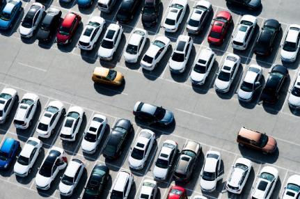 上半年上千家汽车经销商退网:仅两成销量增长 近四成亏损