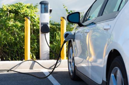 商务部:新能源汽车销量比2019年同期增长超七成