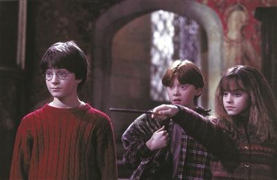 《哈利·波特与魔法石》复映两天票房超首轮放映